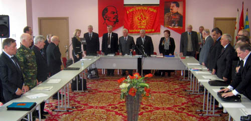 Saludo de los Oficiales Soviéticos a Hugo Chavez Frías 0_808d7_b78e5467_k